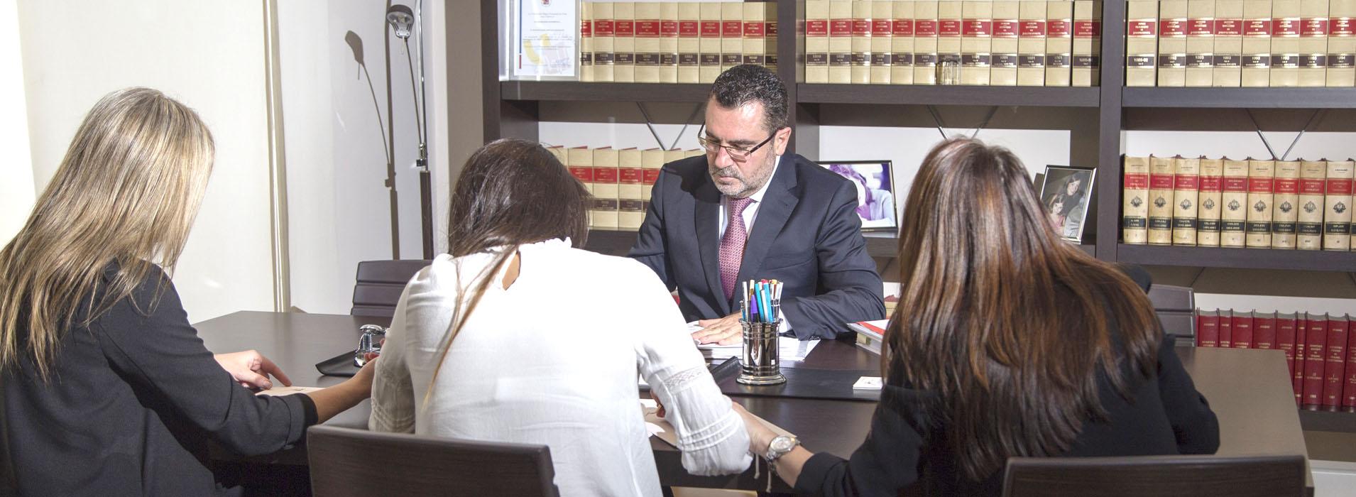 jimenez-abogados-firma3